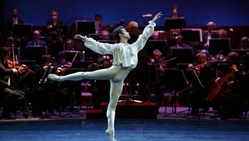 Ballet Gala - La bella addormentata - Claudio Coviello, photo by Brescia e Amisano Teatro alla Scala (2)
