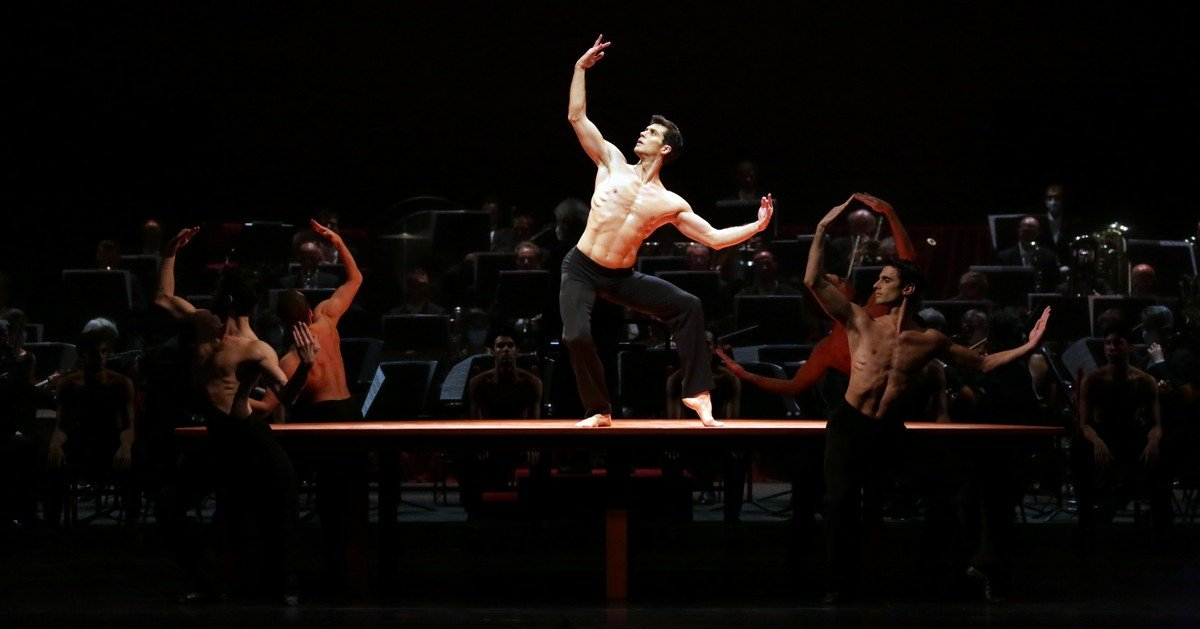 Ballet Gala - Roberto Bolle - Boléro, photo by Brescia e Amisano Teatro alla Scala-02