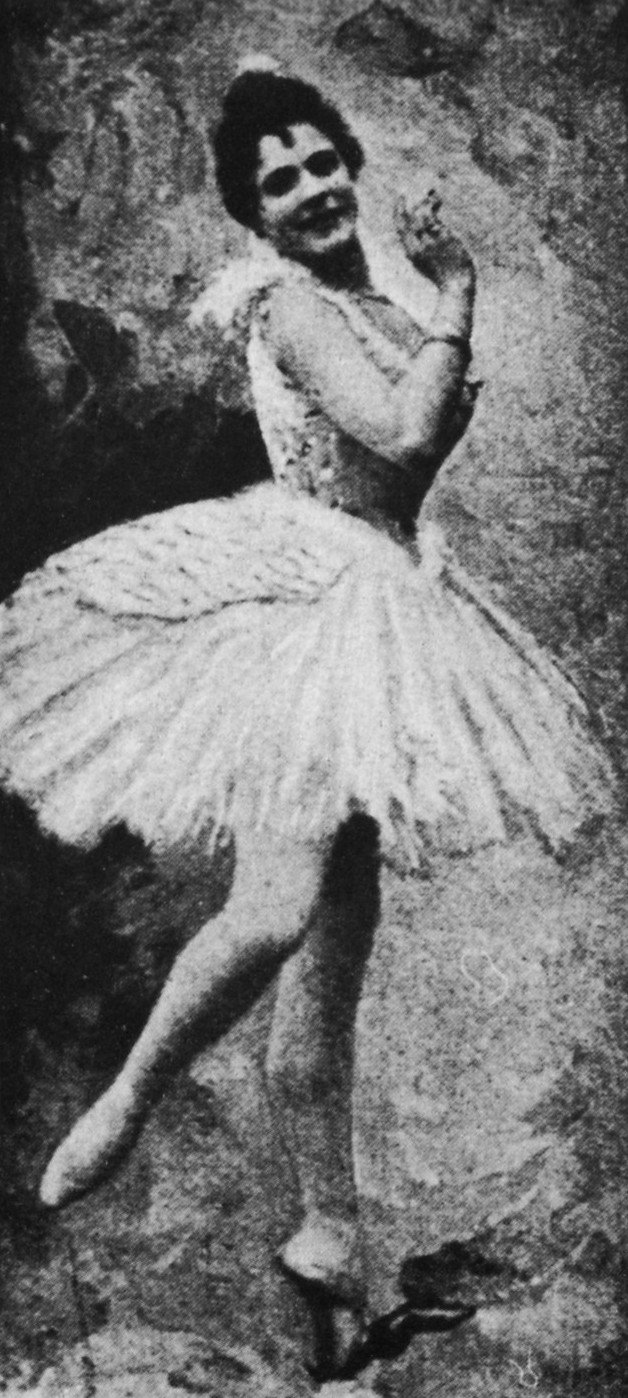 Pierina Legnani in Swan Lake, 1895