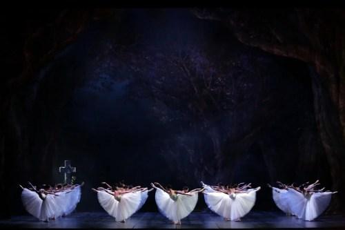 Giselle - photo Marco Brescia e Rudy Amisano - Teatro alla Scala-02