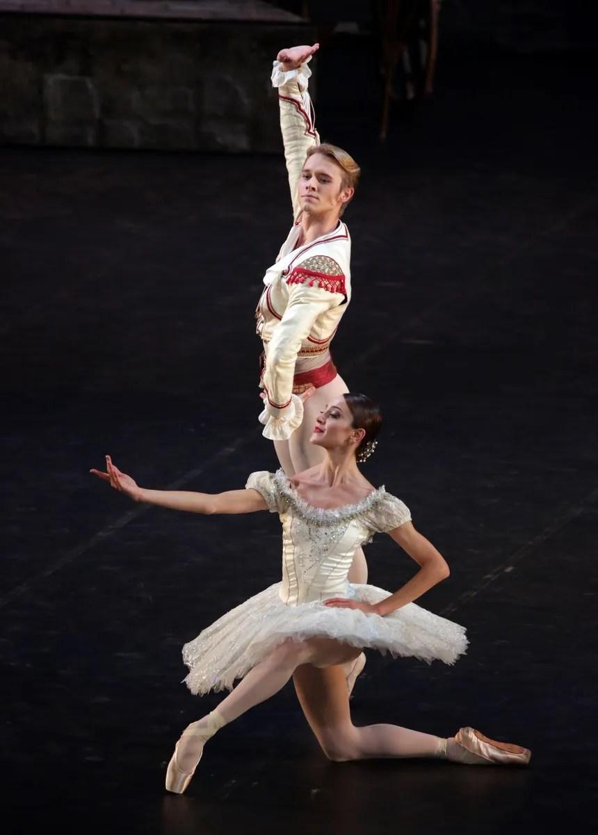 Don Quixote with Nicoletta Manni Timofej Anrdijashenko, photo by Brescia e Amisano ©Teatro alla Scala (1)