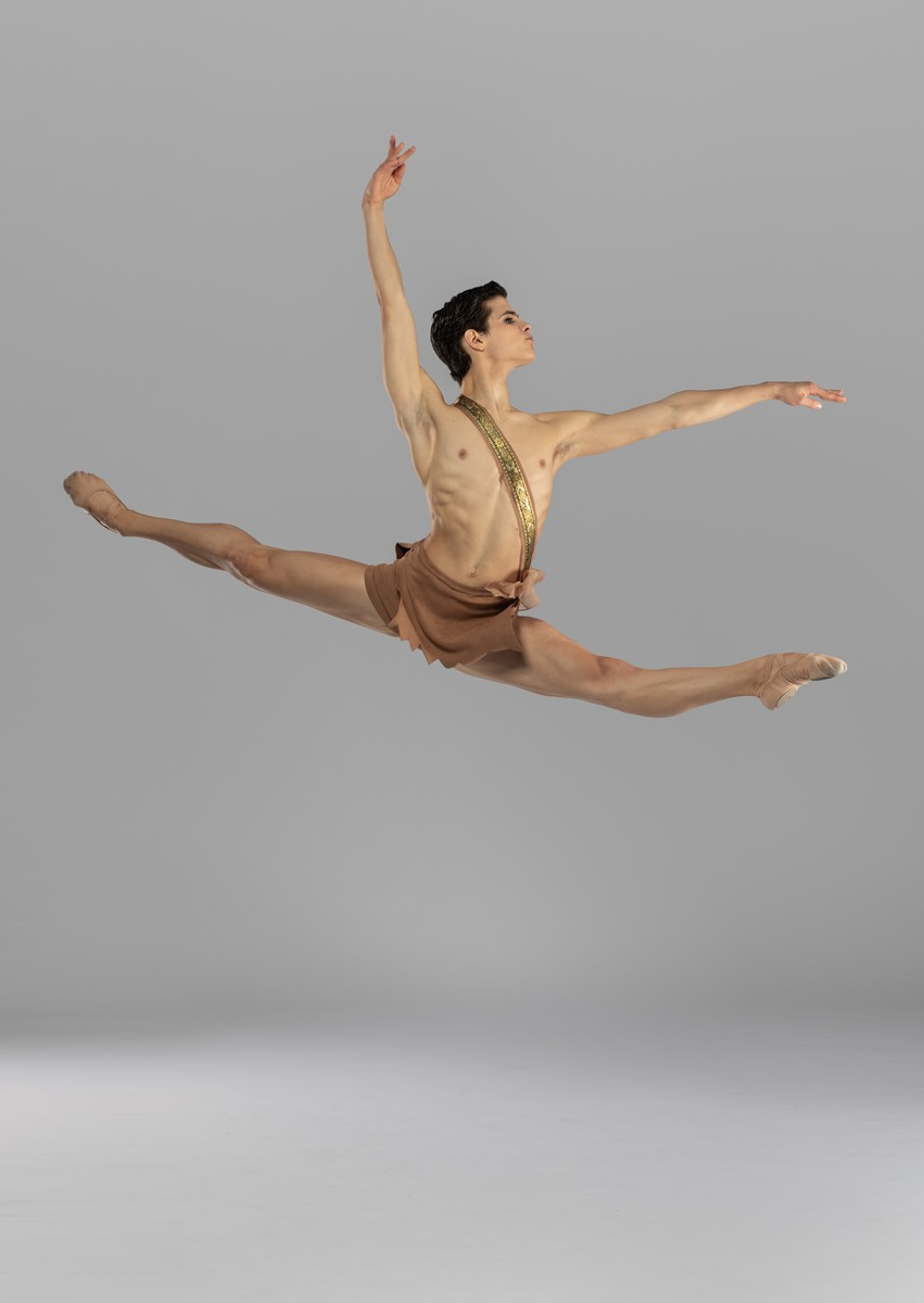 Antonio Casalinho in Diana and Acteon. Photo by Nikita Alba - 08