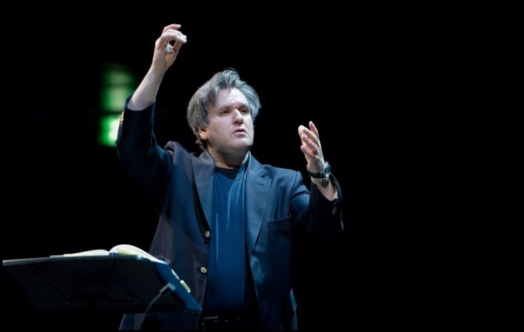 Antonio Pappano at ROH Insights ©ROH, Sim Canetty-Clarke 2012