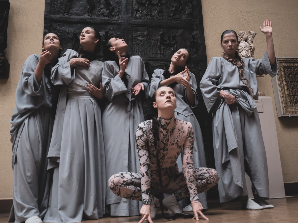 Dancers - Middle Ages Art - choreographer Lilia Burdinskaya 1