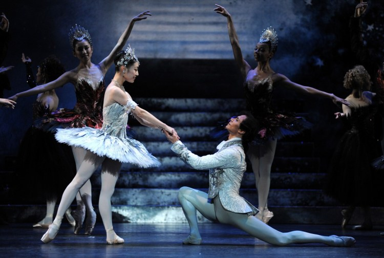 Momoko Hirata as Cinderella and César Morales as the Prince, photo by Roy Smiljanic