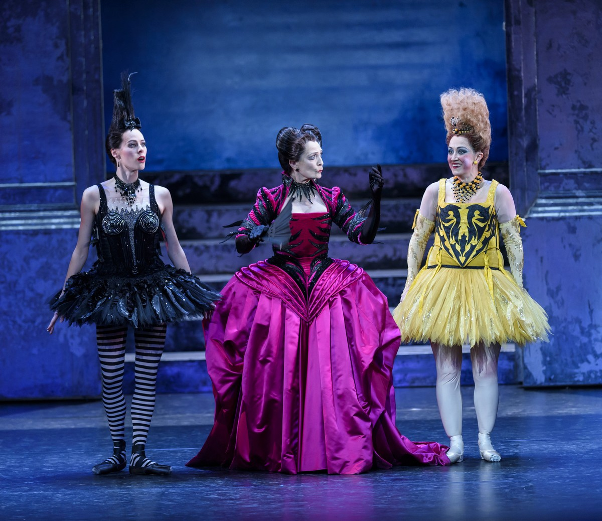 Samara Downs as Skinny, Marion Tait as the Stepmother and Laura Purkiss as Dumpy, photo by Bill Cooper