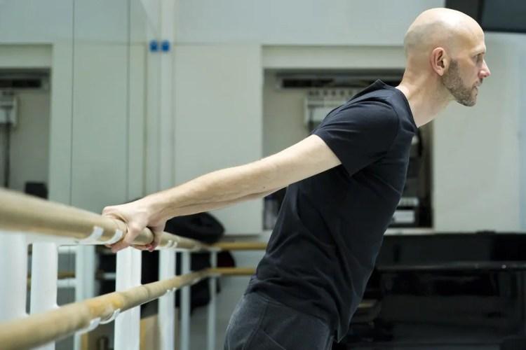 Wayne McGregor in rehearsal for Obsidian Tear, The Royal Ballet © ROH 2016. Photograph by Andrej Uspenski
