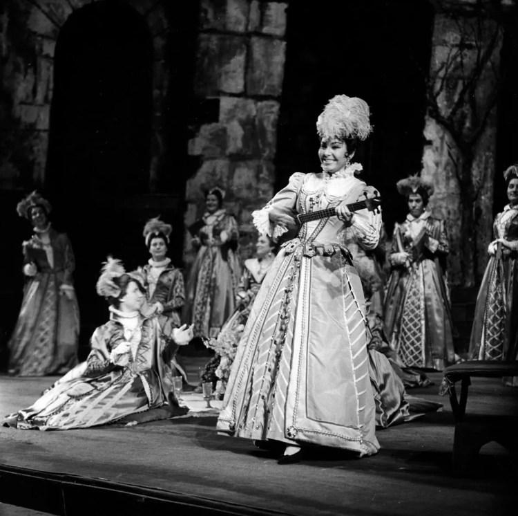1961 Don Carlos, photo by Erio Piccagliani © Teatro alla Scala