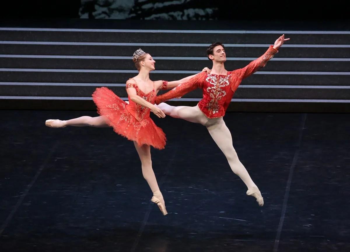 Virna Toppi and Nicola Del Freo in Tribute to Nureyev, Raymonda, photo by Brescia e Amisano, Teatro alla Scala 2021