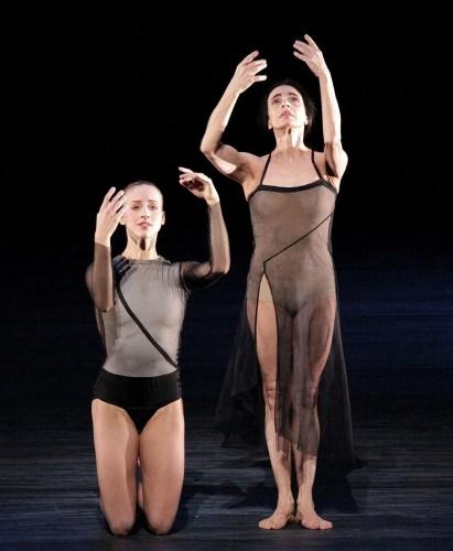 Virna Toppi with Alessandra Ferri in Woolf Works, photo by Brescia e Amisano, Teatro alla Scala