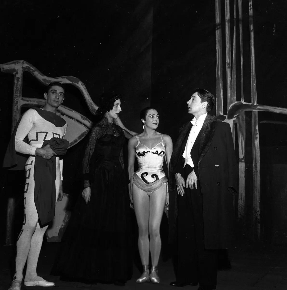 1953 Trionfi - Catulli Carmina - Dell'Ara, Gsovski, Novaro, Von Karajan, photo by Erio Piccagliani © Teatro alla Scala