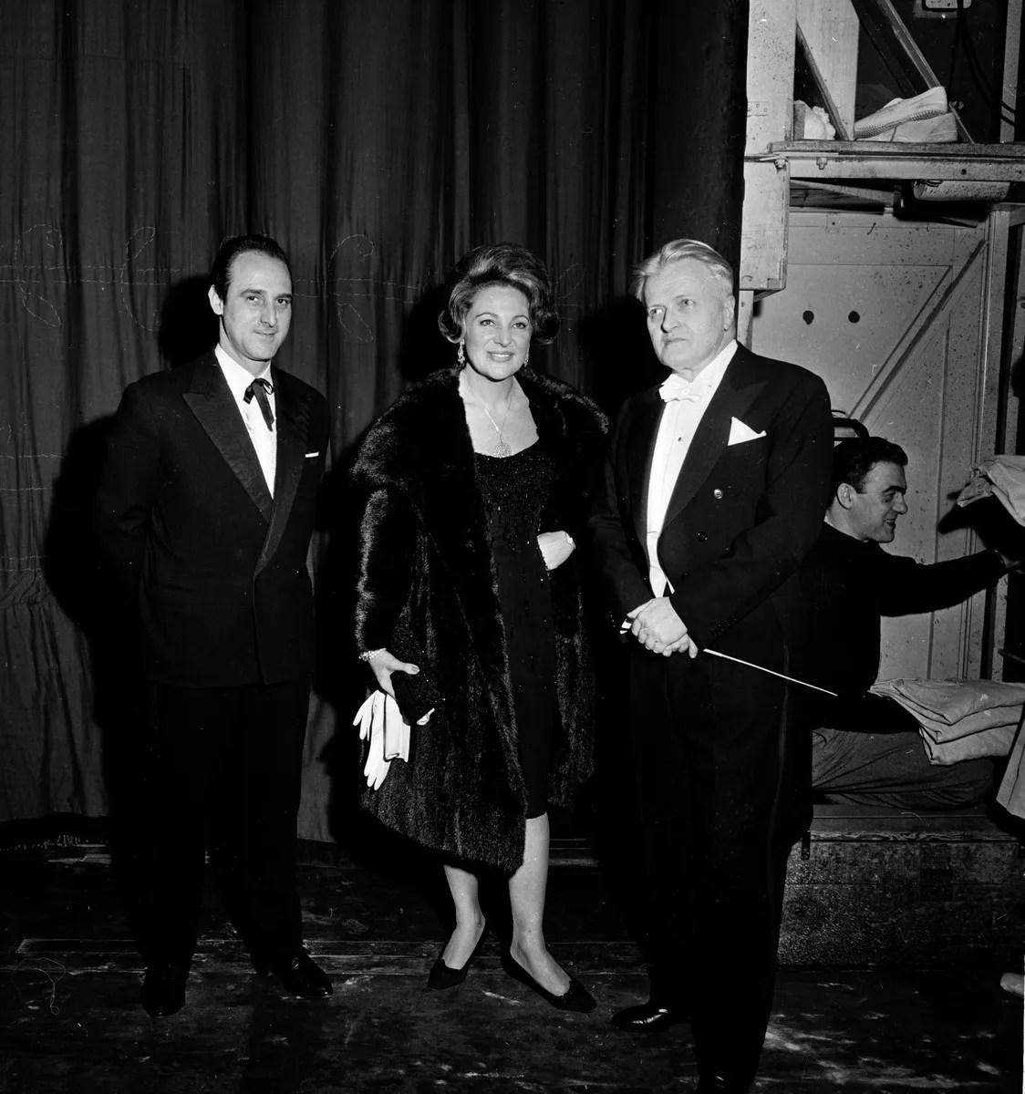 1962 Luciana Novaro with Giulio Perugini and Gianandrea Gavazzeni, El amor brujo, photo by Erio Piccagliani © Teatro alla Scala
