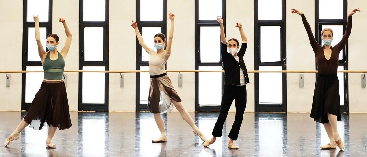 Masterclass - Alessandra Ferri with Martina Arduino, Nicoletta Manni, Virna Toppi - photo by Brescia e Amisano ©Teatro alla Scala-01