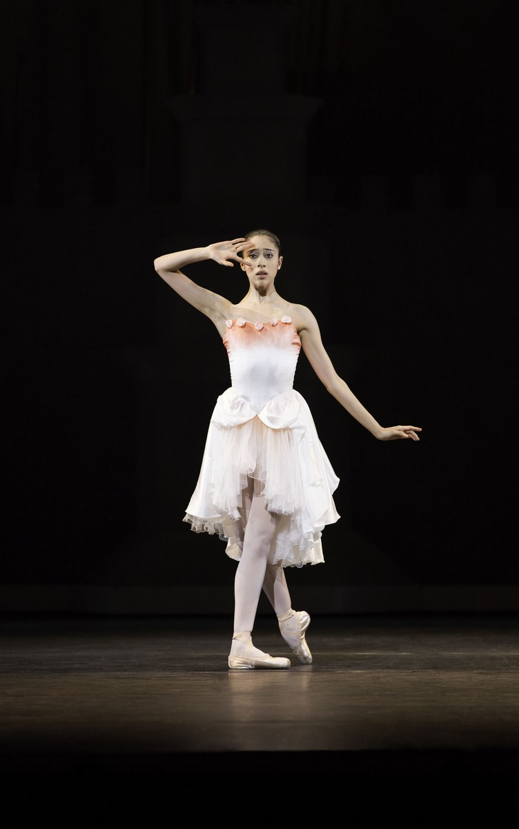 Beatriz Stix-Brunell in Prince of the Pagodas photo by Johan Persson ROH