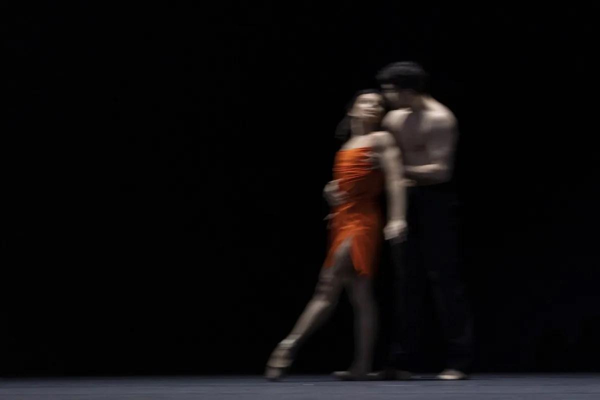 Francesca Hayward and Cesar Coralles in Morgen, The Royal Ballet ©2021 ROH. Photograph by Andrej Uspenski
