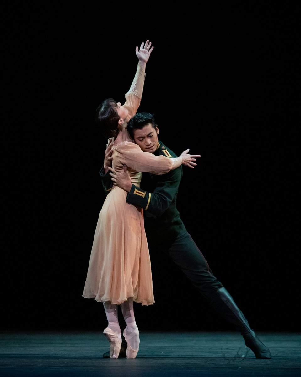 Laura Morera and Ryoichi Hirano in Winter Dreams, The Royal Ballet ©2021 ROH. Photograph by Alice Pennefather