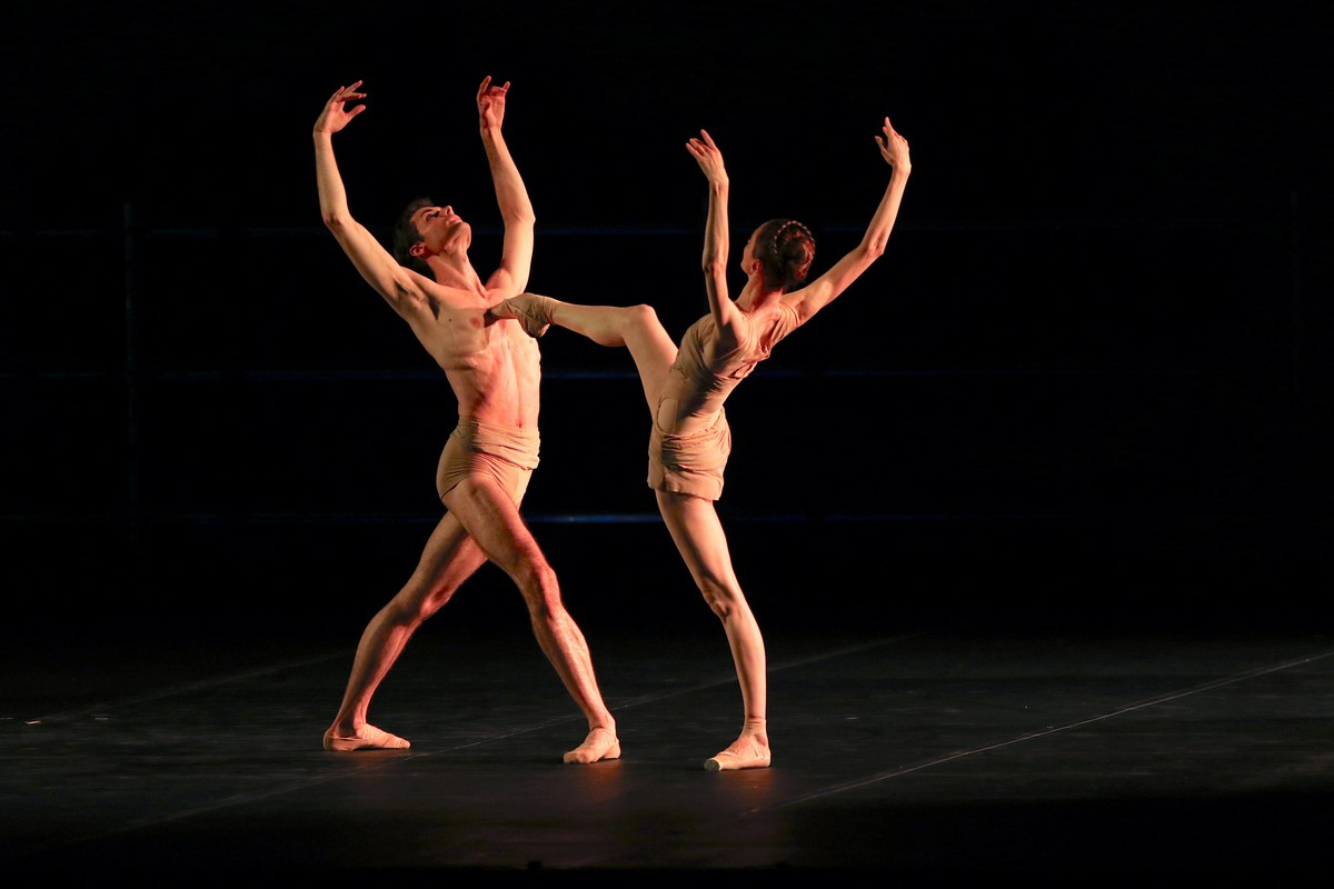 Caravaggio from Pas de deux for Toes and Fingers, photo by Marcello Orselli, Teatro Carlo Felice - 355