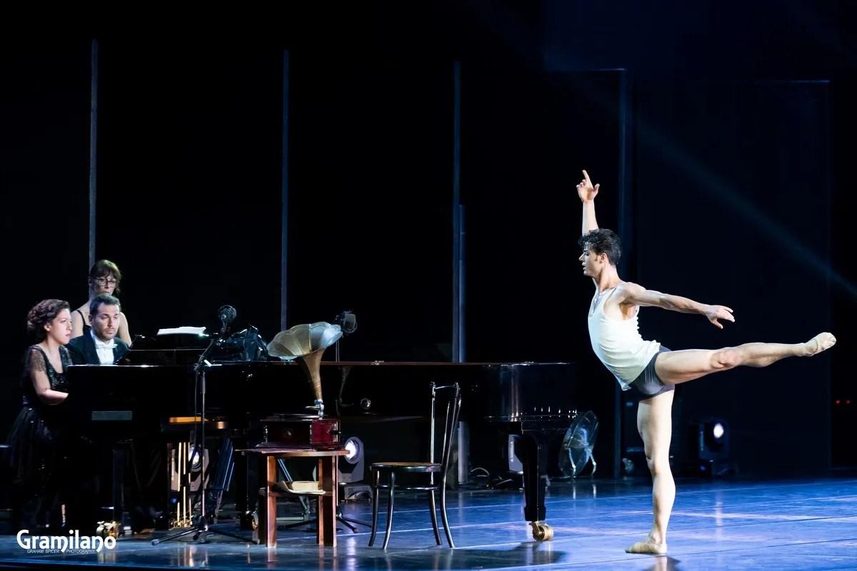 Davide Dato in The Rite of Spring, Stravinsky's Love © Graham Spicer_9