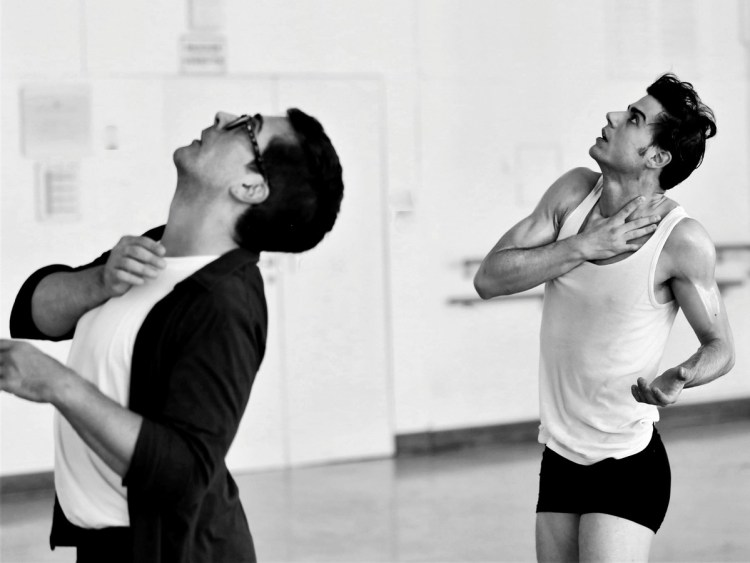 Davide Dato rehearses Uwe Scholz's Rite of Spring with Giovanni di Palma © Gabriele Schacherl