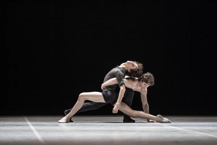 Jacopo Bellussi and Alessandro Frola in Peter and Igor, Nijinsky Gala, Hamburg 2021 32 © Kiran West