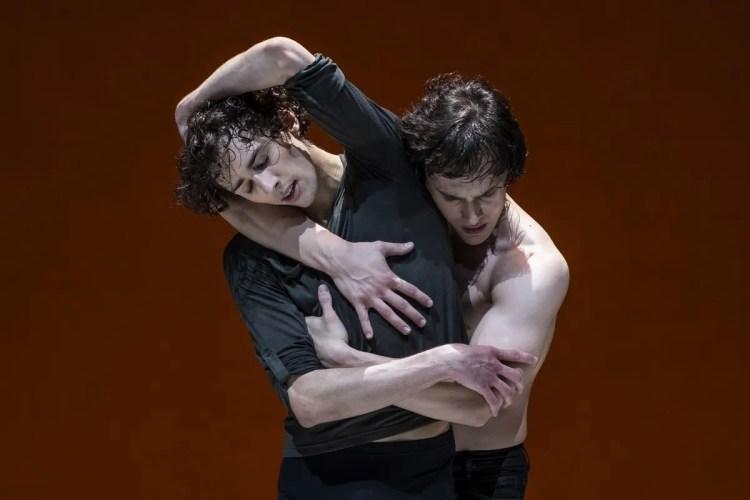 Jacopo Bellussi and Alessandro Frola in Peter and Igor, Nijinsky Gala, Hamburg 2021 38 © Kiran West