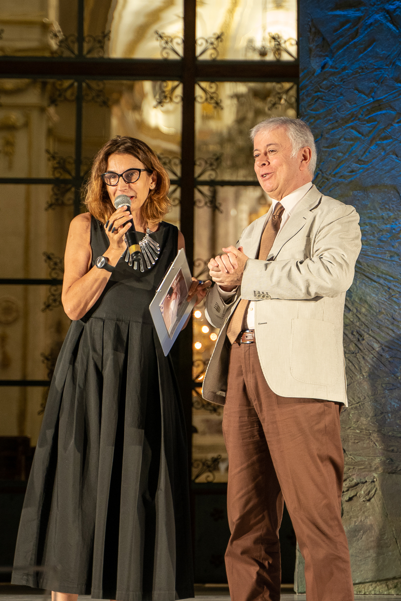 Director of the Awards, Laura Valente, with coordinator of the jury, Alfio Agostini