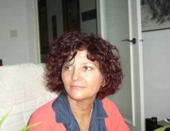 La poetisa Angeles Mora