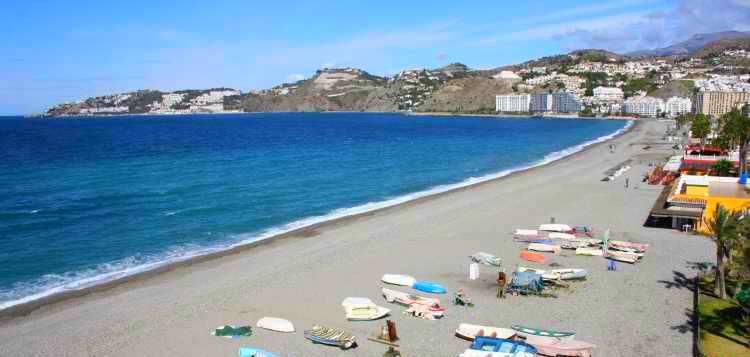 playa-almunecar-san-cristobal