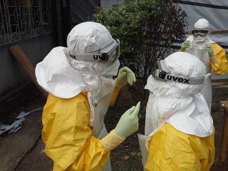 ebola01