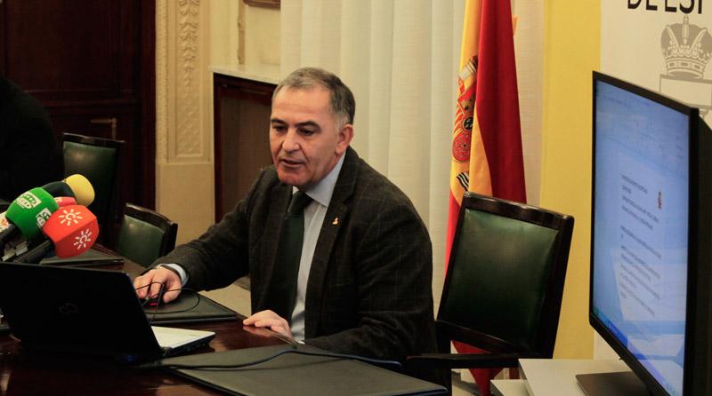 Santiago Pérez | Alex Horta