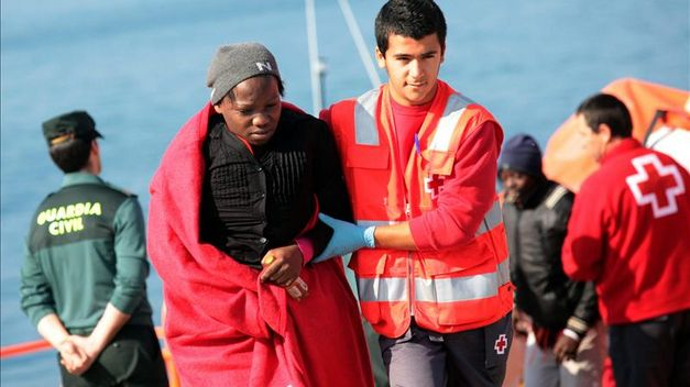 inmigrantes cruz roja