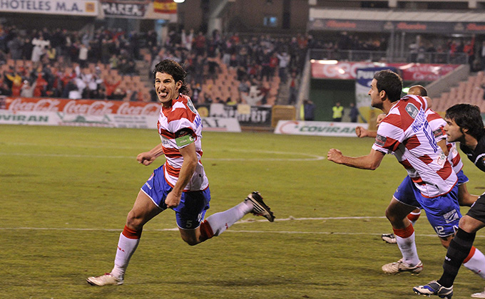 Diego Mainz celebración gol granada cf recreativo de huelva