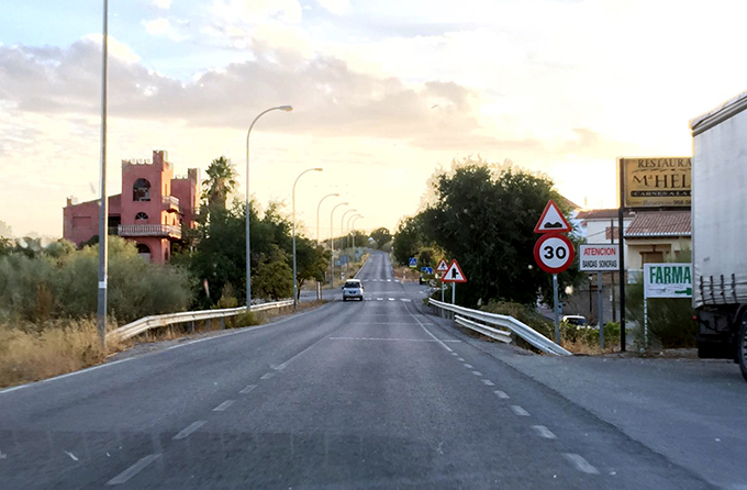 carretera-a-338-escuzar-arenas-de-rey