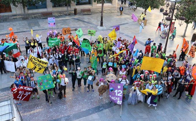 Algunos participantes de la Gymkhana, en la Plaza del Carmen