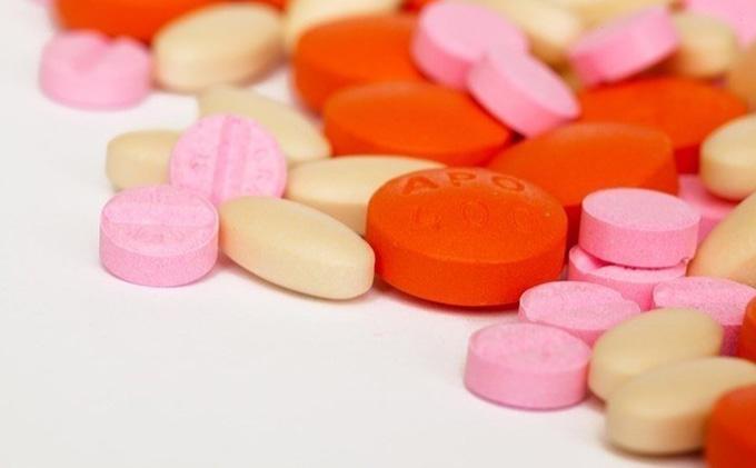 medicamento.enfermedad
