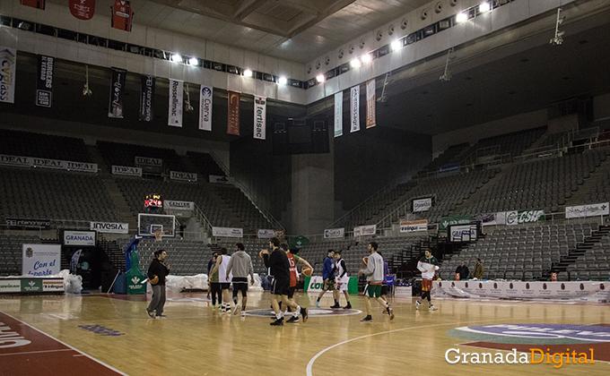 Entrenamiento Granada Baloncesto Coviran-21