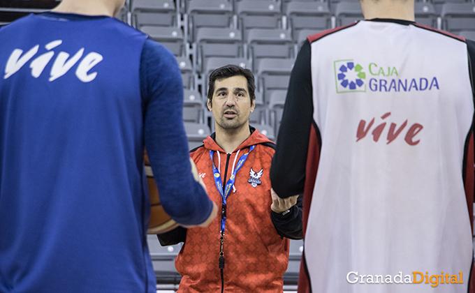 Entrenamiento Granada Baloncesto Coviran-8