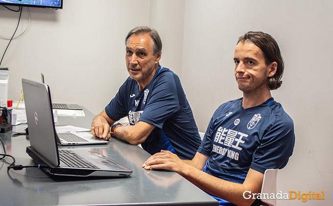 Entrenador Granada CF (15)