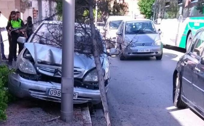 accidente coche armilla