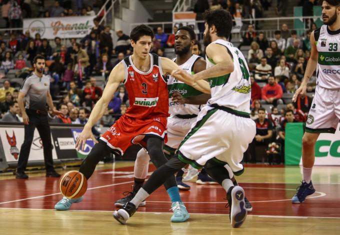Partido entre Coviran Granada y Arcos Albacete Basket. FOTO: AGENCIA GARNATA