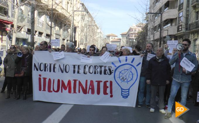 Manifestación por cortes de luz en la zona norte de Granada-1