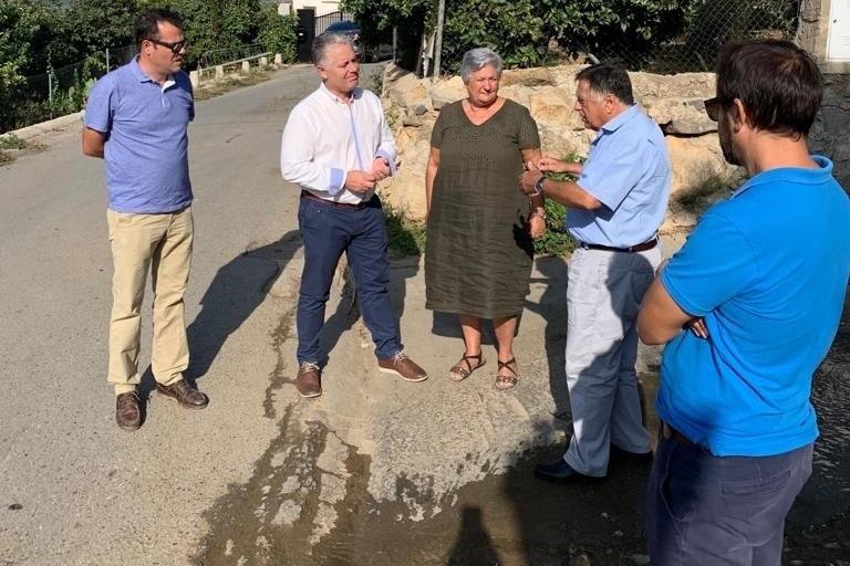 El diputado de Obras Públicas y Vivienda y vicepresidente cuarto de la Diputación de Granada, José María Villegas, en una visita a la carretera GR-4202