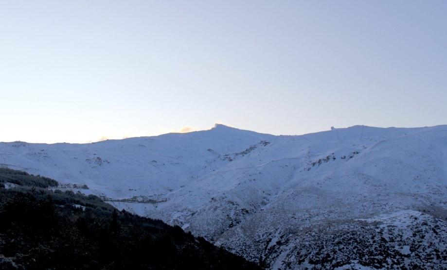 Granada.- Cerrados el Puerto de la Ragua y el acceso a la Hoya de la Mora por acumulación de nieve