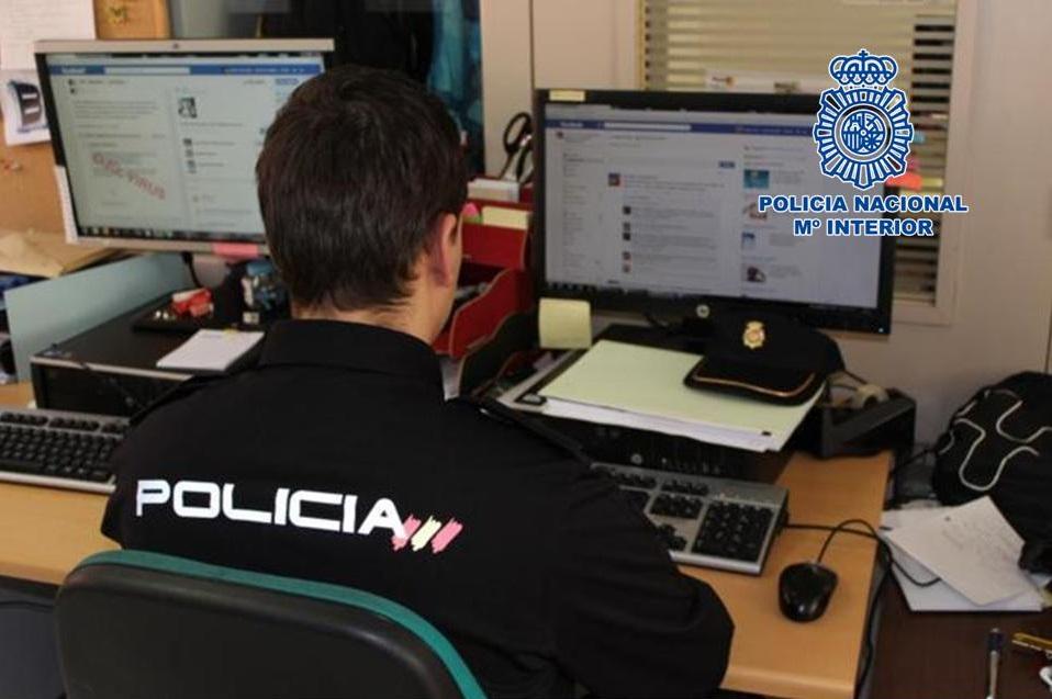 acoso app compraventa Policia Nacional