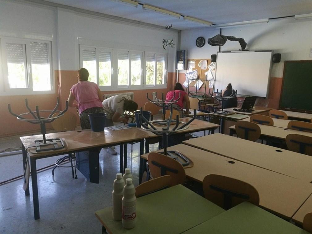 Desinfección de instalaciones educativas en Padul - AYUNTAMIENTO
