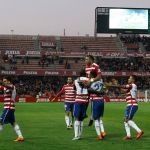 Dos destellos de calidad de Adrián Ramos le dan la cuarta seguida al Granada CF
