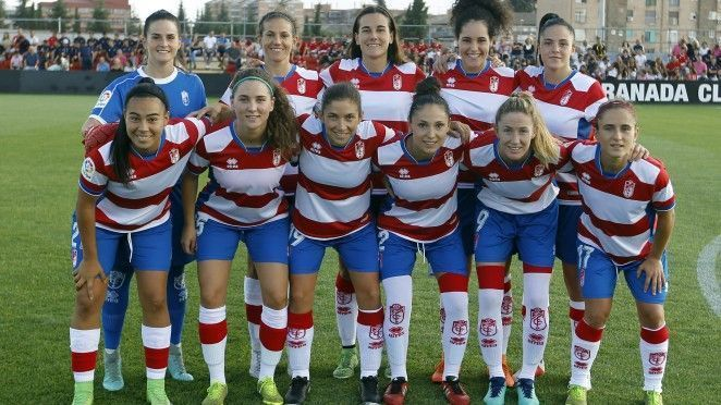 La presentación del Granada Femenino fue en la Ciudad Deportiva GCF ante el Sevilla