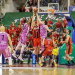 Coviran Granada recupera el camino del triunfo ante sus aficionados