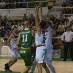 Coviran Granada cae en el último suspiro en su visita a Huesca