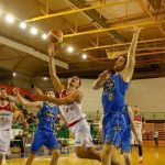 El último cuarto fulmina a Fundación CB Granada en Ourense